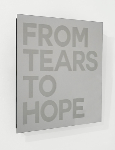 SERIE MIROIRS GRAVES - From tears to hope - Or Gris, 2021